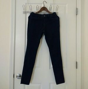 NWOT Uniqlo Denim Leggings Pants (Jeggings)